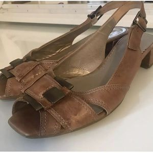 Gabor Sandals Size 7.5 Leather Slingback Open Toe